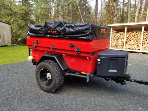 Off road trailer with CVT roof top tent