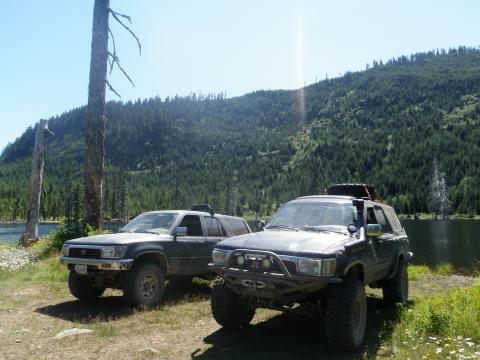 Sherk Lake, BC - 4Runners off road 4x4