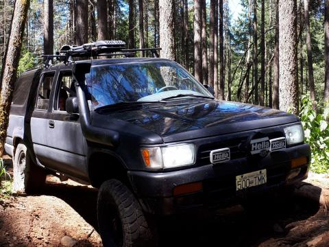 STOLEN!!! 2ND GEN 4RUNNER BLACK WITH SNORKEL
